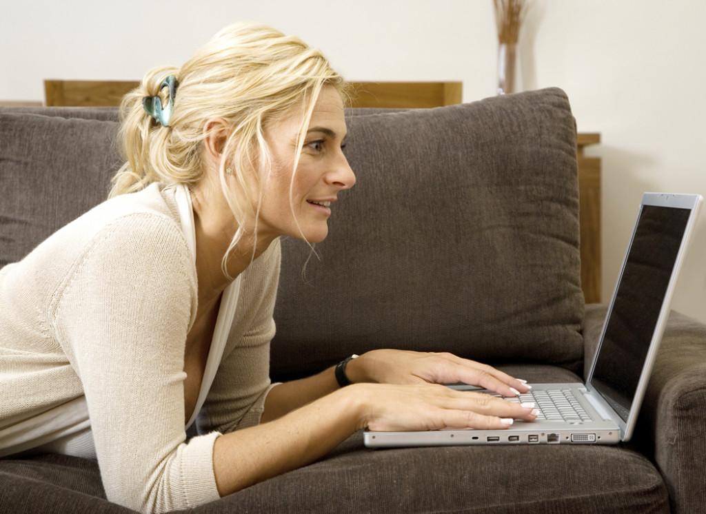 woman-on-laptop1-1024x746