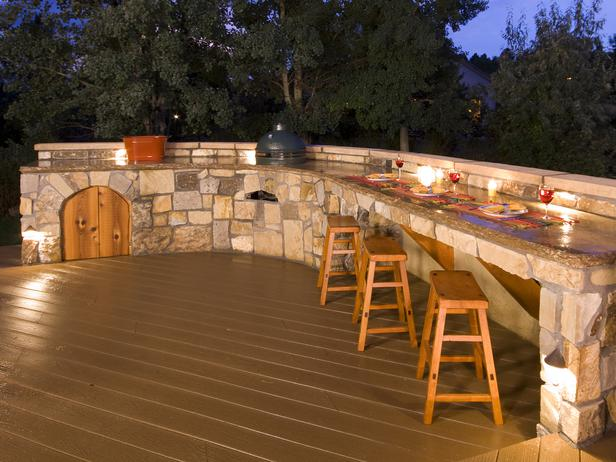 New-Outdoor-Bar-Ideas-Diy